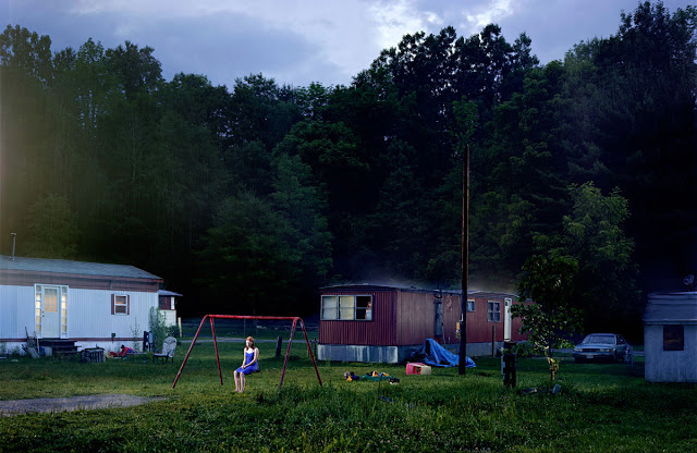 gregory-crewdson-untitled-trailer-park-e28098beneath-the-roses_-2007